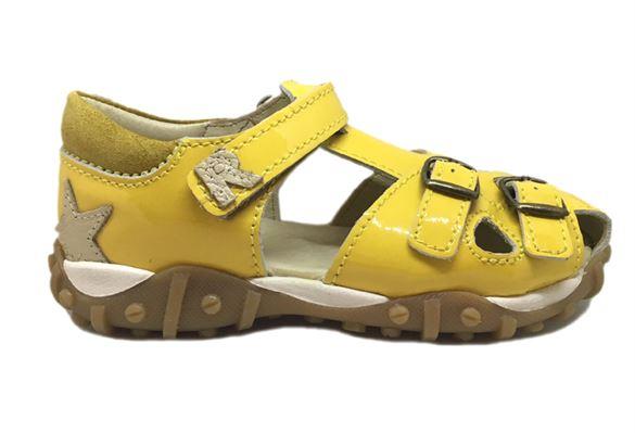 Image of   Arautorap (RAP) sandal med lukket hæl, gul lak